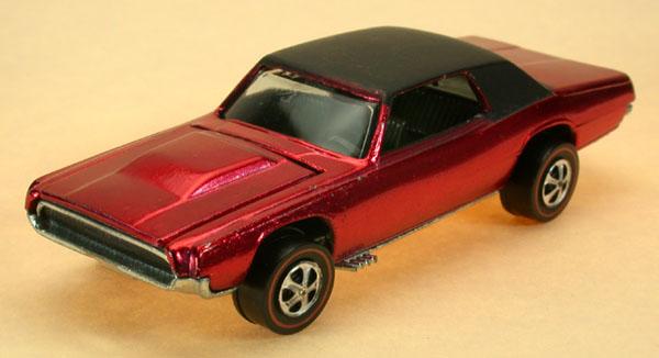 Hot Wheels 1968 Custom T Bird Redline Collector